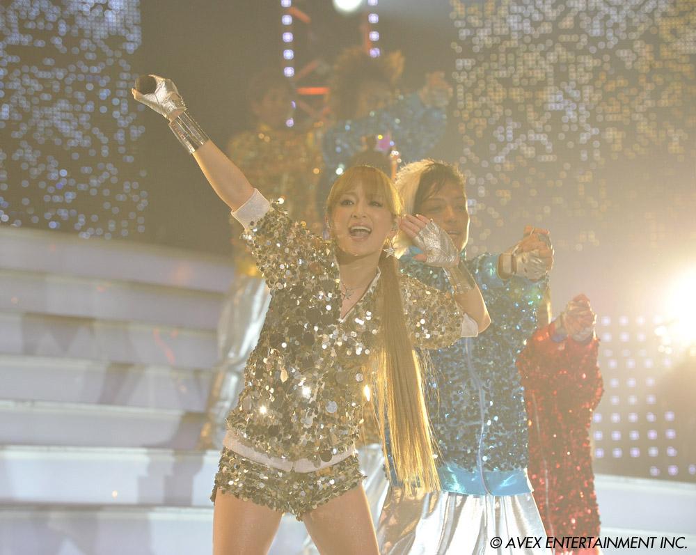 NekoPOP-Ayumi-Hamasaki-3D-Los-Angeles-2012-A
