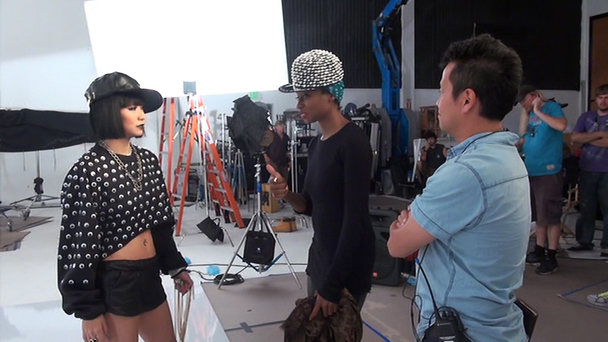 NekoPOP-Koda-Kumi-Summer-Trip-Touchdown-Making-of-Video-2