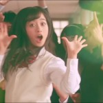 Idol singer Kanna Hashimoto pulls off amazing tricks for noodle commercial