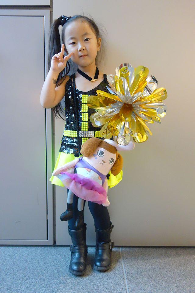 NekoPOP-Namie-Amuro-genic-tour-2015-cosplay-4