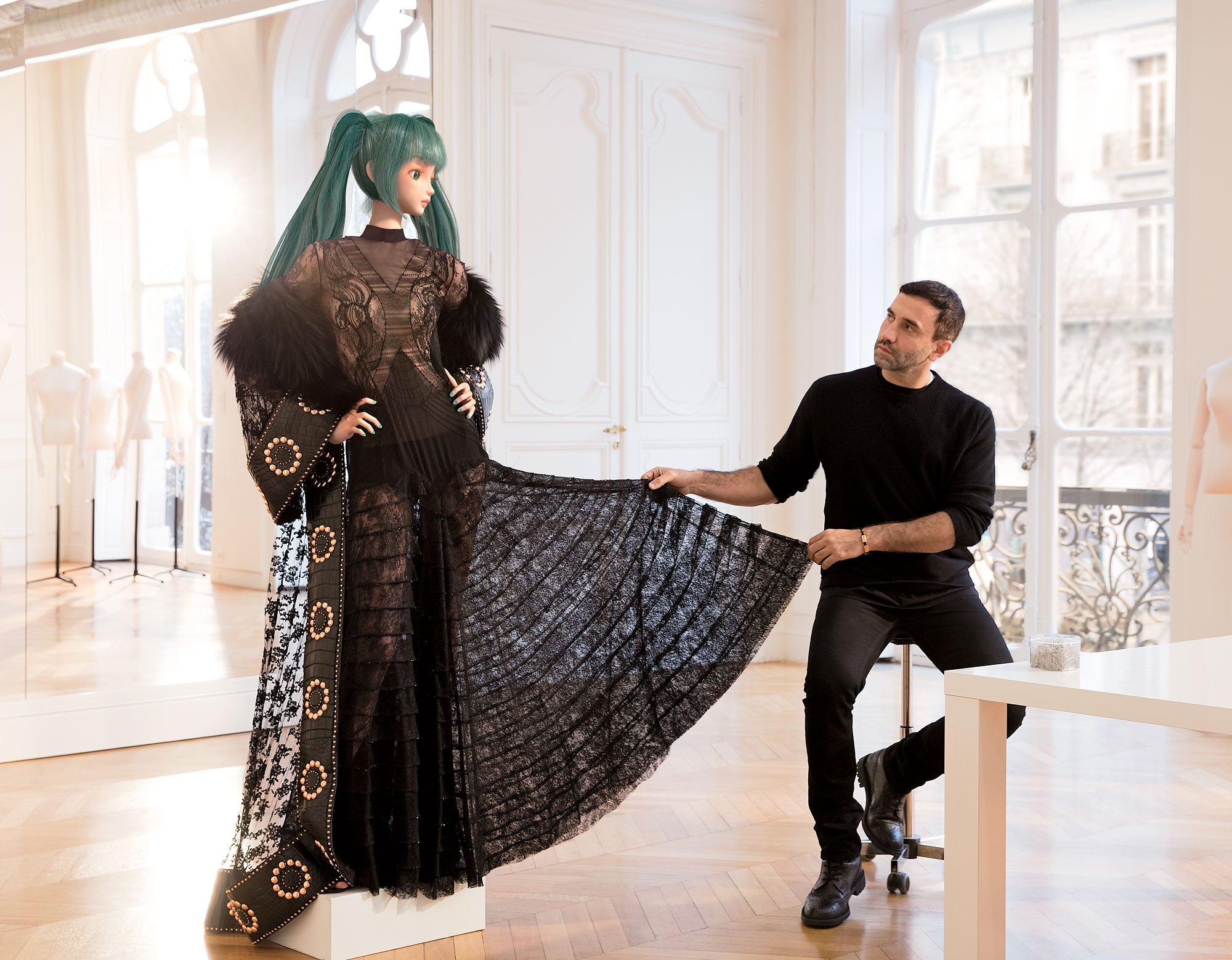 NekoPOP-Hatsune-Miku-Vogue-Riccardo-Tisci-Givenchy-Met-Gala