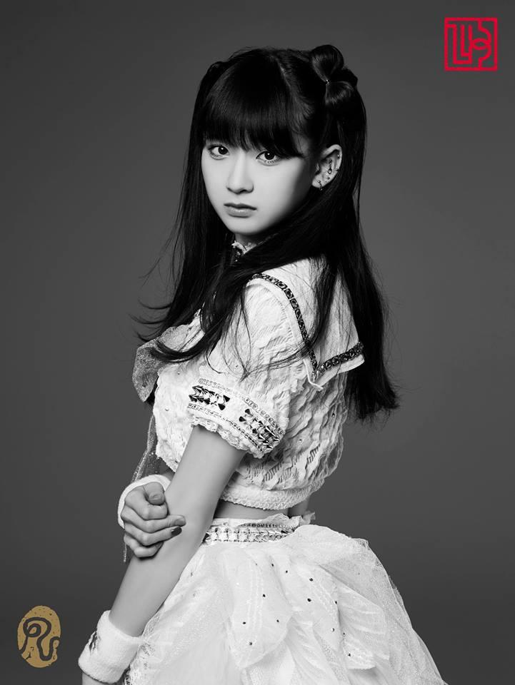 nekopop-the-idol-formerly-known-as-ladybaby-sanpai-goshuin-girl-rie-kaneko-1