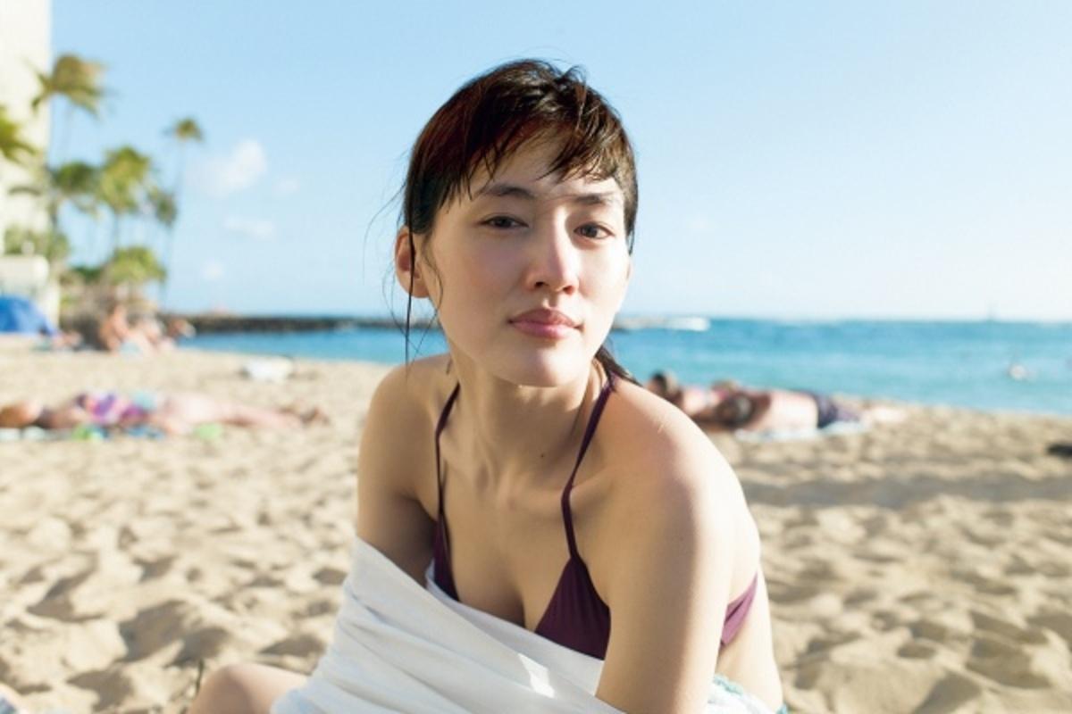 NekoPOP-Haruka-Ayase-Breath-photobook-1