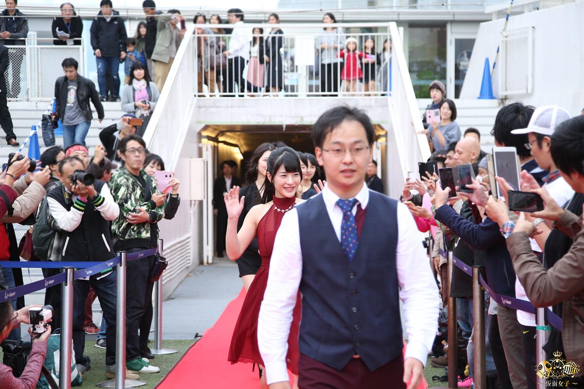NekoPOP-Erina-Kamiya-Umi-ni-nose-ta-Gazu-no-yume-red-carpet-2017-11-11-05