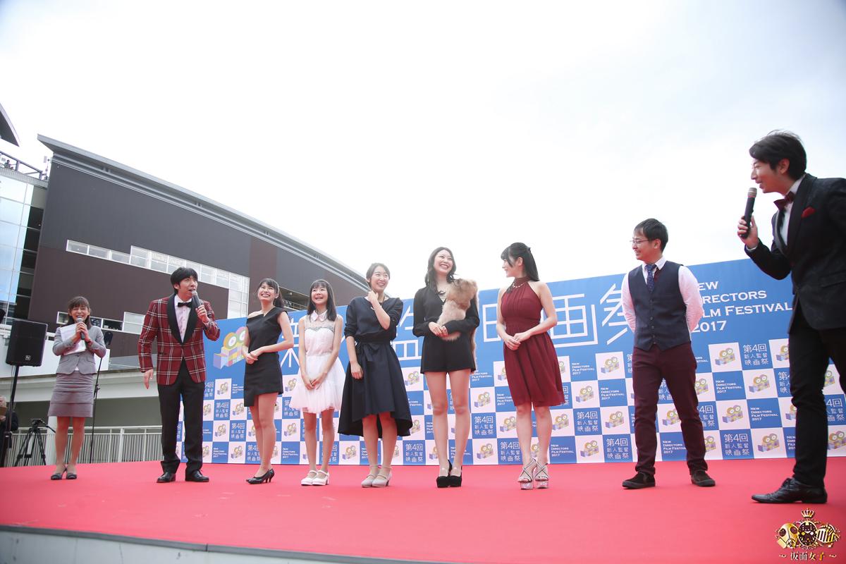 NekoPOP-Erina-Kamiya-Umi-ni-nose-ta-Gazu-no-yume-red-carpet-2017-11-11-06