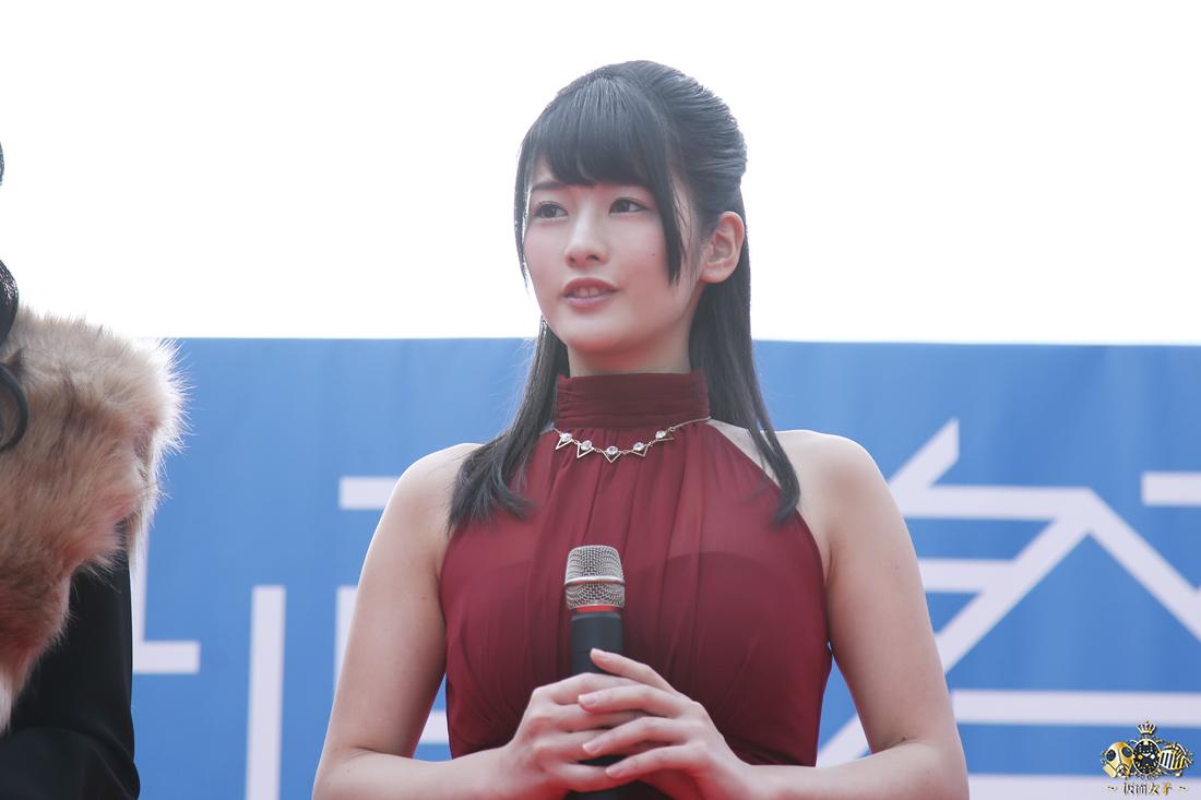 NekoPOP-Erina-Kamiya-Umi-ni-nose-ta-Gazu-no-yume-red-carpet-2017-11-11-07