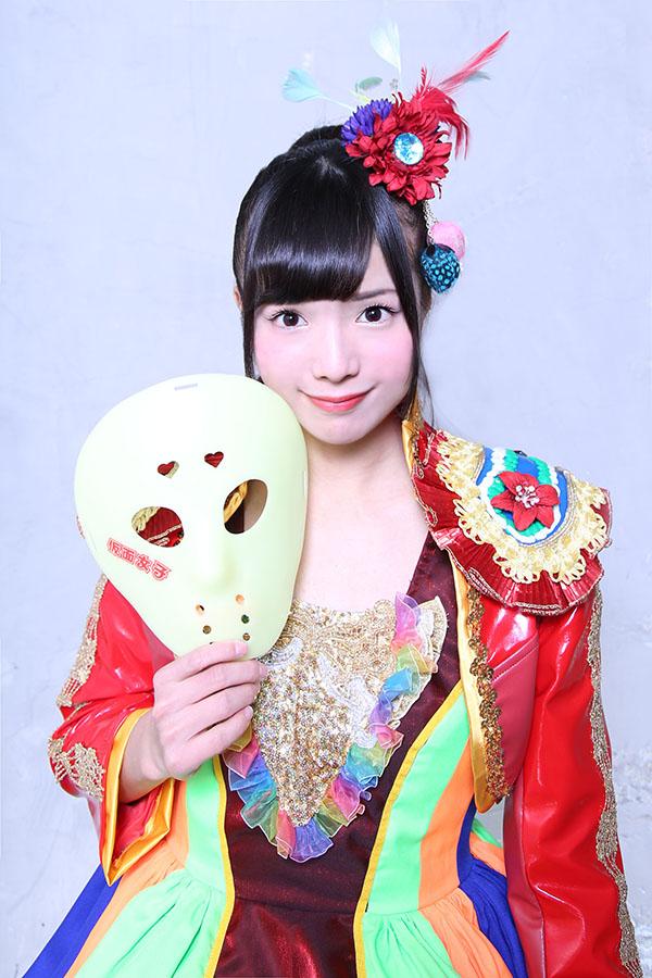 NekoPOP-Kamen-Joshi-3-million-Facebook-2-Anna-Tachibana