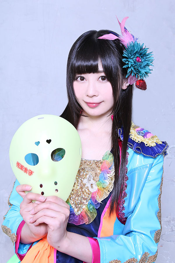 NekoPOP-Kamen-Joshi-3-million-Facebook-3-Nodoka-Sakura