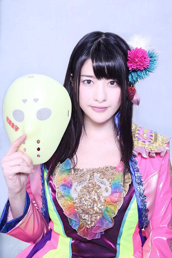 NekoPOP-Kamen-Joshi-3-million-Facebook-4-Erina-Kamiya