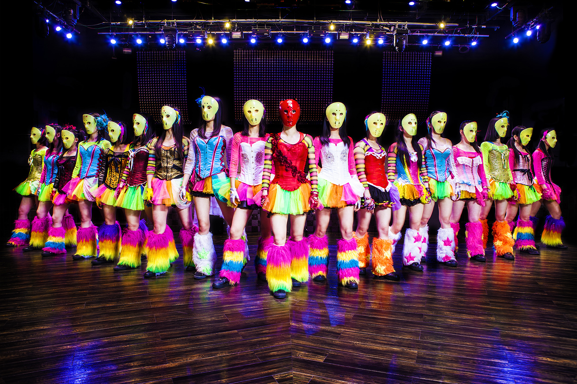 NekoPOP-Kamen-Joshi-3-million-Facebook-5