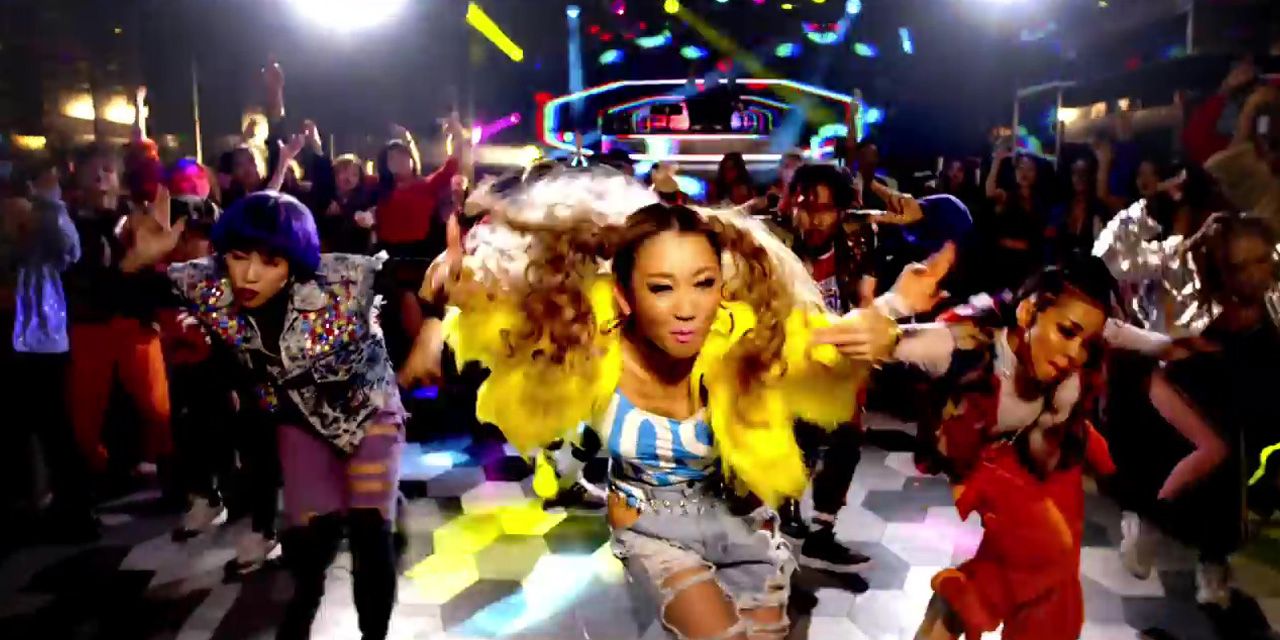 NekoPOP-Koda-Kumi-Party-MV-2